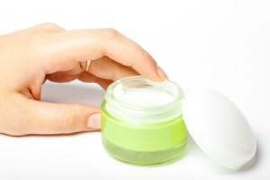 Мазь от дерматита на руках: правила выбора и применения