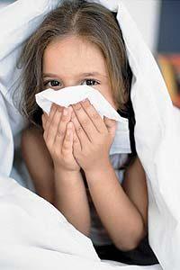 Вирусный ринит у детей: особенности лечения