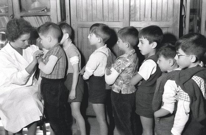 Вакцинация была достаточно популярной методикой, прошедшей апробацию на детях СССР.