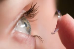 Реакция на контактные линзы